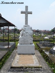 B 933 Grave of Henry Adrian Henderson
