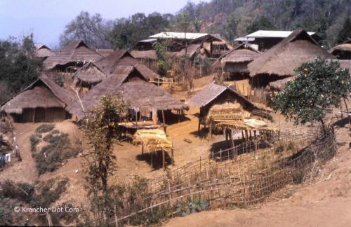 Akha - Ban Saen Charoen