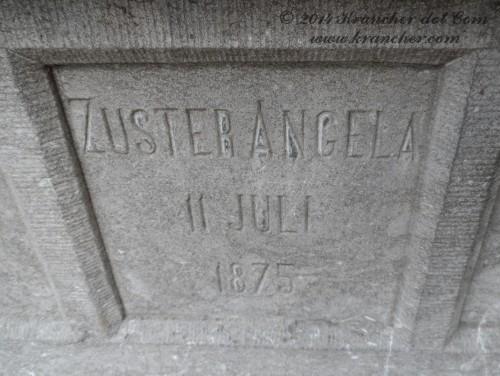 "Zuster Angela<br><i>Maria Josepha Anna Eick</i> <br><span style=""font-size: xx-small"">Bron:  Register Peneleh</span>"