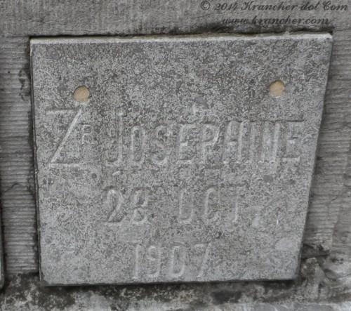 "Zuster Josephine<br /> <i>Elisabeth Bernardine Wilhelmina Eick</i><br />  <span style=""font-size: xx-small"">Bron: Register Peneleh</span>"